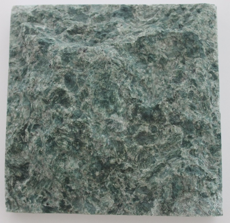 piedras hijau naturalis
